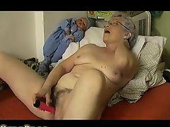 Horny Old chubby Ripened Masturbating with dildo