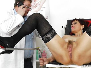 old bitch remy gets her pussy examined