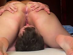 BBW sitting on his face and this boy licks her