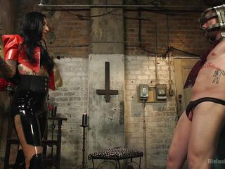 satanic dominatrix trains her toys well