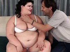 Fatty beauty Soggy Jazmynne purchases her pussy filled