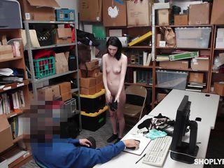 little thief deepthroats her way out of jail