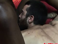 Dutch ebony whore pounded by excited tourist
