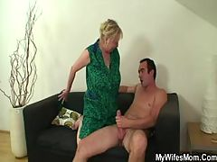 Hot granny in hardcore action