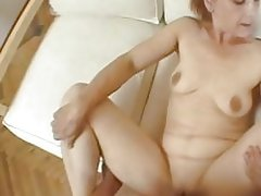Mature woman still knows how to please cock