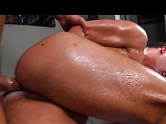 Big booty boy penetrated by hunky masseur