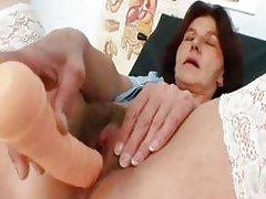 Redhead grandma Linda hairy pussy close ups