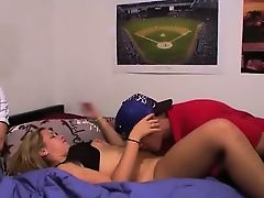 Threesome astonishingly on college hotel